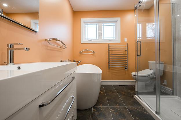 Im Urlaub renovieren wir unser Bad – hier finden Sie wertvolle Tipps!